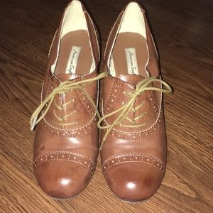 American Eagle Lace Up Brown Booties Size 8